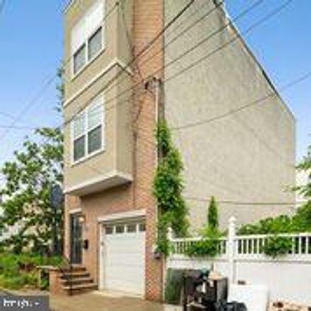 Rent this 4 bed house on 1025 Lemon Street in Philadelphia, PA 19123