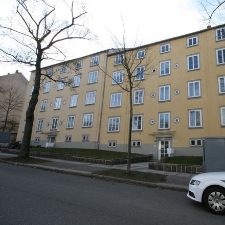 Rent this 1 bed apartment on Haydnstraße 4 in 09119 Chemnitz, Germany
