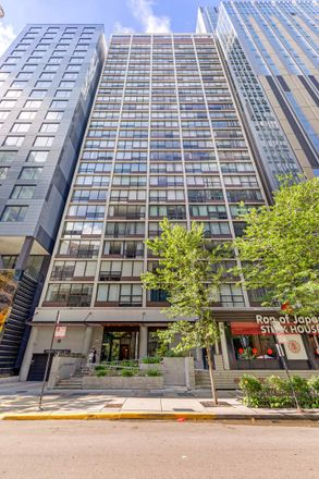 Rent this 1 bed condo on 230 East Ontario Street in Chicago, IL 60611