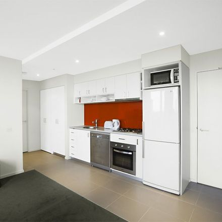 Rent this 2 bed apartment on 1303/77 River Street