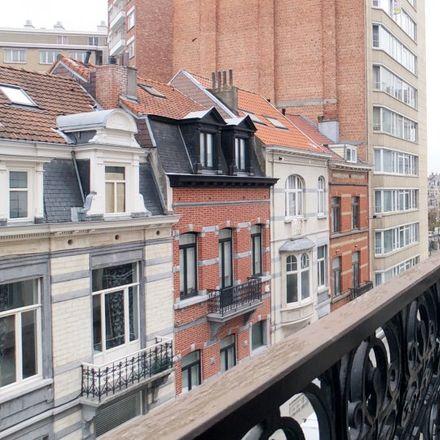 Rent this 8 bed apartment on Rue Le Corrège - Correggiostraat 30 in 1000 Ville de Bruxelles - Stad Brussel, Belgium