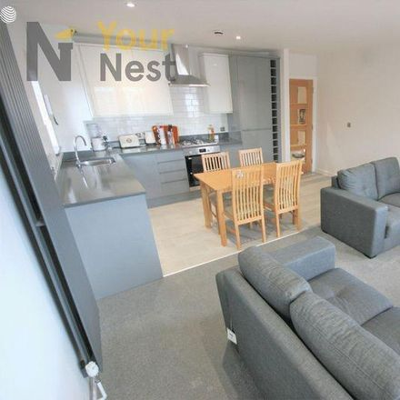 Rent this 4 bed apartment on 24 Hour Shop in 2 Ash Road, Leeds LS6 3JF