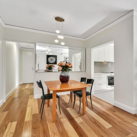 Rent this 3 bed apartment on 8/71 Shirley Road
