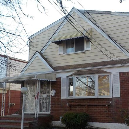 Rent this 5 bed townhouse on 200th St in Saint Albans, NY