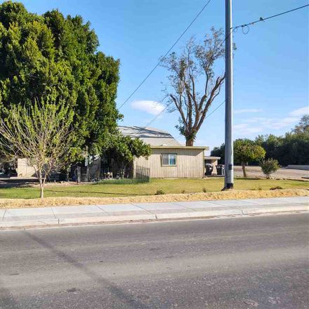 Rent this 4 bed house on W 8th St in Yuma, AZ