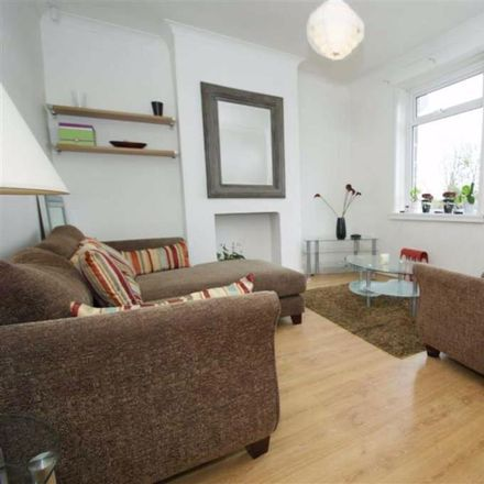 Rent this 2 bed house on Birchwood Hill in Leeds LS17 8NS, United Kingdom