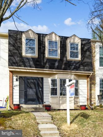 Rent this 3 bed townhouse on Weathervane Pl in Montgomery Village, MD