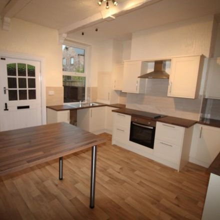 Rent this 3 bed house on 34 Newton Lane in Wakefield WF1 3JB, United Kingdom
