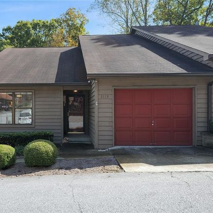 Rent this 3 bed townhouse on 2119 Shea Lane in Seneca, SC 29672