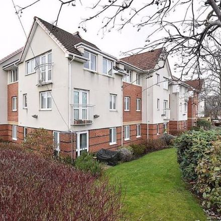 Rent this 2 bed apartment on Dog and Dart in Knutsford Road, Grappenhall WA4 2PJ