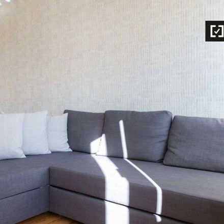 Rent this 1 bed apartment on Rua do Galvão in 1400-077 Belém, Portugal