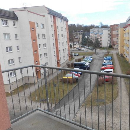 Rent this 1 bed apartment on Mühlgasse 20 in 08451 Crimmitschau, Germany