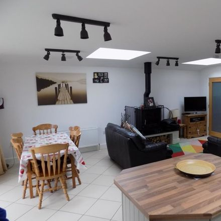 Rent this 2 bed house on Dublin in Ballymun F ED, L