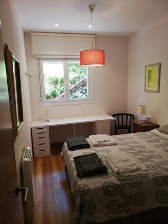 Rent this 2 bed room on Berio Pasealekua in 15, 20018 Donostia