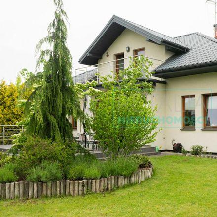 Rent this 5 bed house on Józefa Piłsudskiego 2 in 05-822 Milanówek, Poland