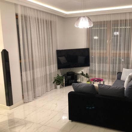 Rent this 3 bed apartment on Partyzantów 8 in 80-254 Gdańsk, Polska