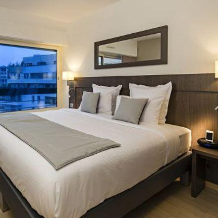 Rent this 3 bed apartment on 51 Avenue de l'Arche in 92400 Courbevoie, France