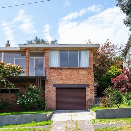 Rent this 3 bed house on 73 Westbury Road