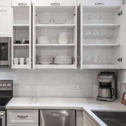 Rent this 2 bed apartment on 972 Sutter Street in San Francisco, CA 94164