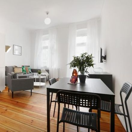 Rent this 3 bed apartment on Beusselstraße 35 in 10553 Berlin, Germany
