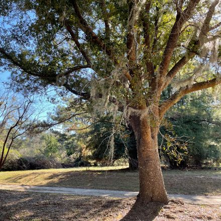 Rent this 0 bed house on Edding Creek Dr in Edisto Island, SC