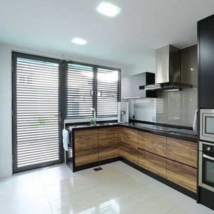 Rent this 4 bed apartment on unnamed road in Sungai Way, 46150 Petaling Jaya