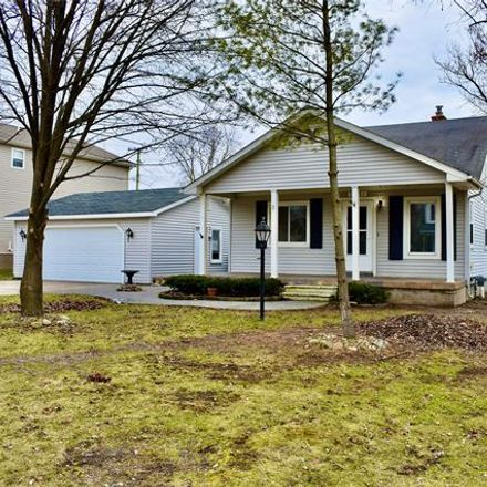 Rent this 3 bed house on 3231 Harrison Avenue in Rochester Hills, MI 48307