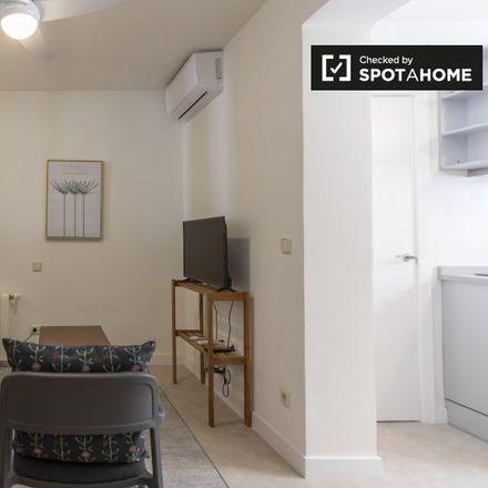 Rent this 1 bed apartment on Calle de Teruel in 28001 Madrid, Spain