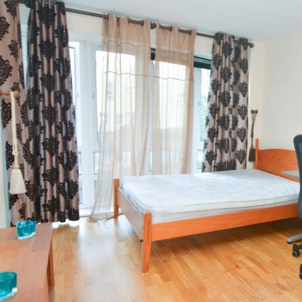 Rent this 3 bed apartment on Consort House in St. Davids Square, London E14 3WA