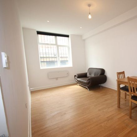 Rent this 1 bed apartment on McDonald's in 518-522 Brixton Road, London SW9 8EN
