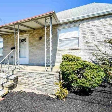 Rent this 3 bed house on 7305 Monmouth Avenue in Ventnor City, NJ 08406