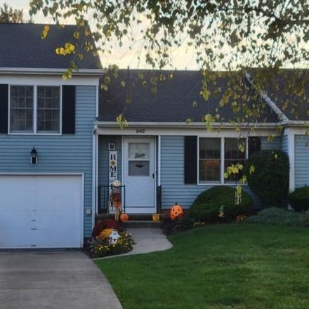 Rent this 2 bed condo on 814 Millcreek Boulevard in Brunswick Hills Township, OH 44212