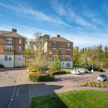 Rent this 2 bed apartment on Adrian Close in Hemel Hempstead, HP1 1RG