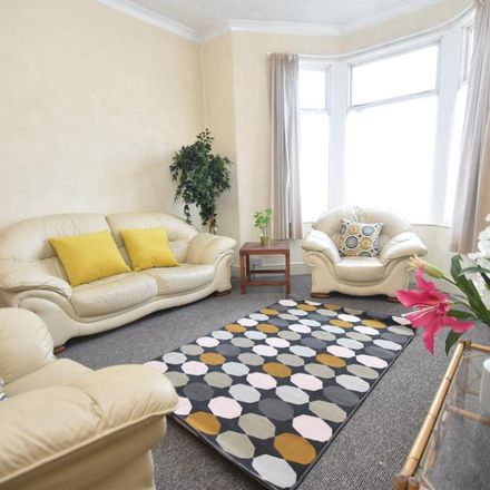 Rent this 6 bed house on Ruthin Gardens in Cardiff, United Kingdom