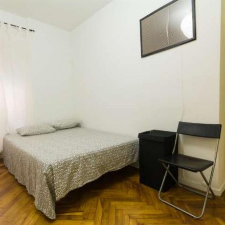 Rent this 1 bed room on Calle de la Colegiata in 6, 28012 Madrid