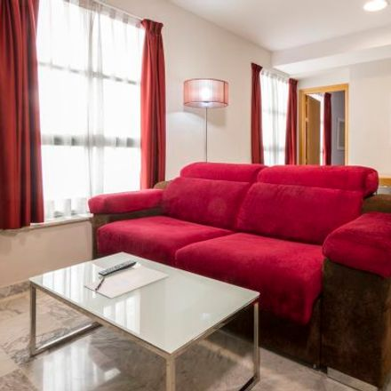 Rent this 3 bed apartment on Carrer dels Gascons in 46001 Valencia, Spain