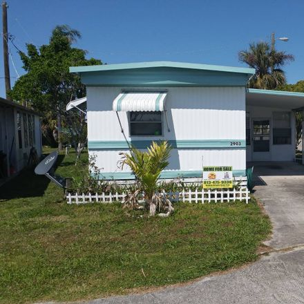 Rent this 3 bed house on Gardenia Way in Dade City, FL