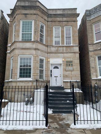Rent this 4 bed duplex on 3831 West Arthington Street in Chicago, IL 60624