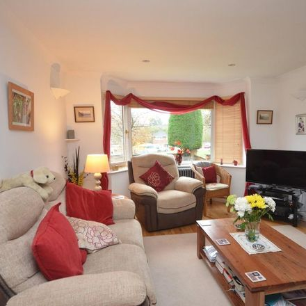 Rent this 3 bed house on Corby NN18 8BW