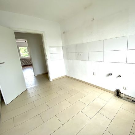 Rent this 3 bed apartment on Joseph-Haydn-Straße 16 in 47229 Duisburg, Germany