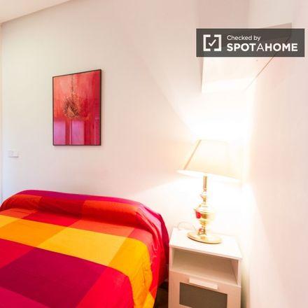 Rent this 1 bed apartment on Joaquin Ruiz-Giménez in Calle de Velázquez, 28001 Madrid
