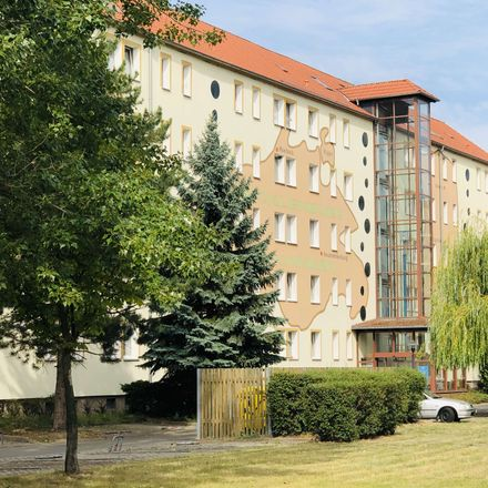 Rent this 2 bed apartment on Ring der Chemiearbeiter 7 in 06792 Sandersdorf-Brehna, Germany