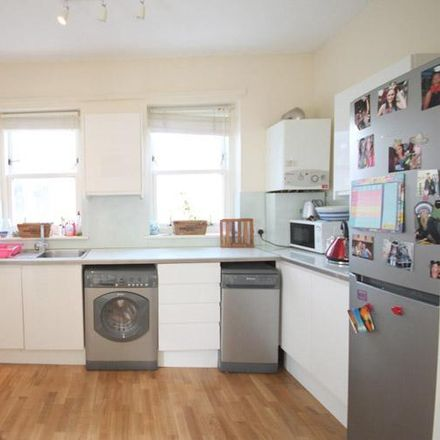 Rent this 3 bed apartment on Durham House in 20a Cathcart Hill, London N19 5QP