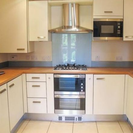 Rent this 2 bed apartment on 13 to 28 in Comptons Lane, Horsham RH13 5DW
