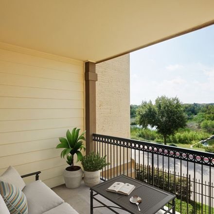 Rent this 2 bed apartment on Discount Tire in 2055 West State Highway 114, Grapevine