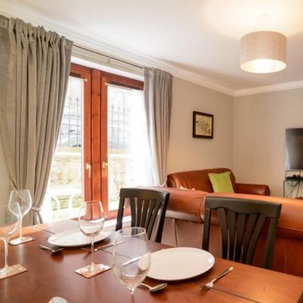 Rent this 3 bed apartment on 101A St Stephen Street in City of Edinburgh, EH3 5AD