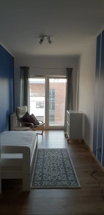 Rent this 3 bed room on Jana Kantego Federowicza 6 in 30-392 Kraków, Poland