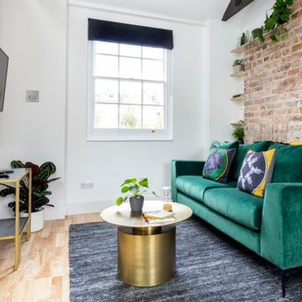 Rent this 3 bed apartment on Coincraft in 44 Great Russell Street, London WC1B 3JL