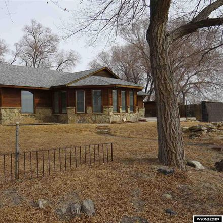 Rent this 3 bed house on Young Rd in Riverton, WY