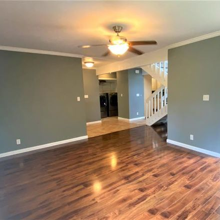 Rent this 3 bed townhouse on Haiku Rd in Kaneohe, HI